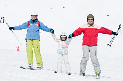Family have fun on ski